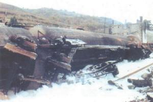 Déraillement D'un Train D'essence Et Incendie