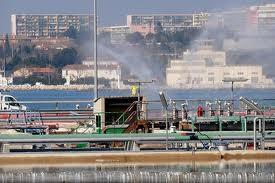 Fuites De Benzène Sur Un Pipeline Pétrochimique Portuaire