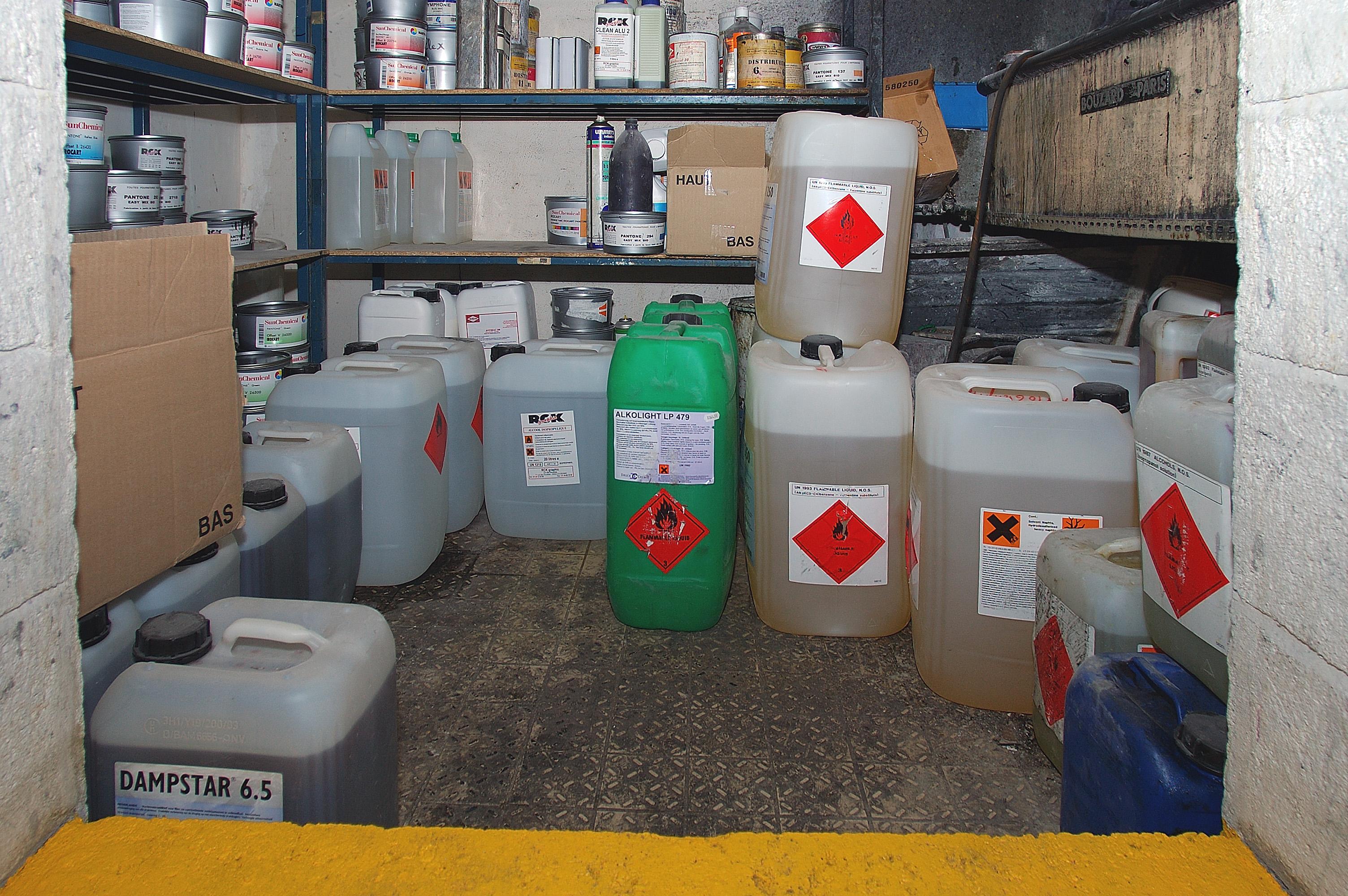 Accidentologie Relative Aux Activités De Stockage De Liquides Inflammables